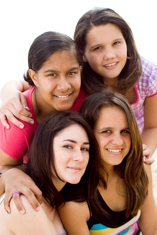 Teen Girls (c) Dreamstime