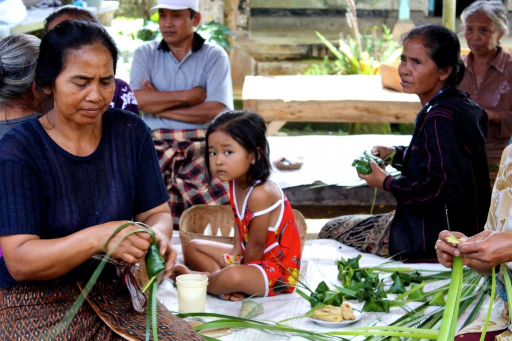 Balinese Family Preparing Wedding Feast © TCousineau 2013