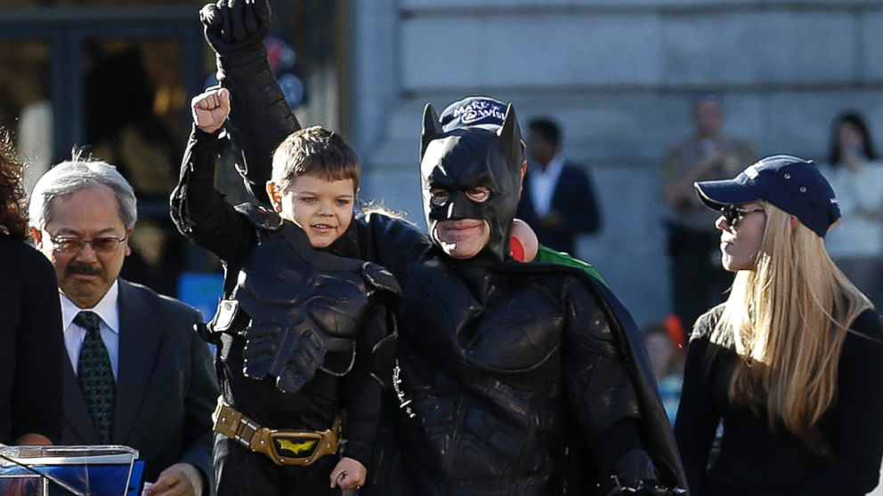 AP_batkid_makeawish_lpl_131115_16x9_992m (abc news)